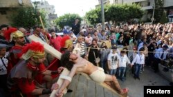 Christians Mark Good Friday
