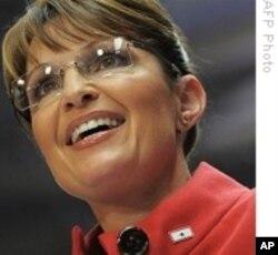L'ancienne candidate à la vice-présidence Sarah Palin bat campagne pour les candidats du Tea Party