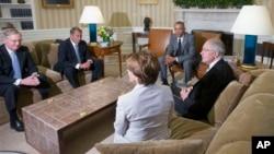 Predsednik SAD, Barak Obama sa najvišim Kongresnim liderima (Arhiva)