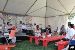 The 2010 Folklife Festival Talkspeak tent