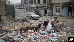 Diperketatnya blokade oleh koalisi pimpinan Saudi terhadap Yaman yang dicabik perang, dapat menyebabkan jutaan orang terancam kelaparan dan kematian. (Foto: dok).