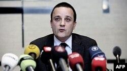 Trưởng cơ quan Tình báo và An Ninh của Ðan Mạch Jakob Scharf nói tại một cuộc họp báo về việc phá vỡ âm mưu khủng bố