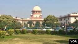 Tối cao Pháp viện Ấn Độ đang thụ lý đơn kiện của một phụ nữ Hồi giáo về luật cho phép ly dị cấp tốc.