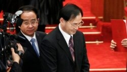 Ling Jihua (kiri) sekutu dekat Presiden Tiongkok Hu Jintao diturunkan dari jabatannya akibat skandal yang melibatkan anak laki-lakinya (foto: dok).