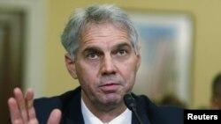 Direktur Secret Service atau Paswalpres AS, Mark Sullivan memberikan kesaksian di hadapan anggota Senat AS.