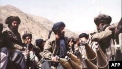 Các chiến binh Taliban gần Kabul