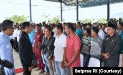 Presiden Joko Widodo bertolak ke Natuna, (8/1) pasca adanya insiden penangkapan ikan secara ilegal oleh nelayan China