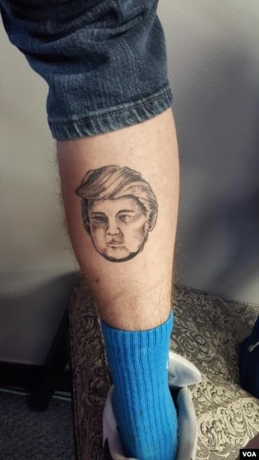 新罕布什尔州的一家纹身店提供免费川普纹身服务