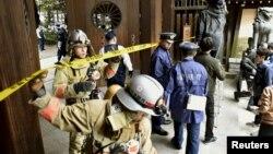 東京靖國神社發生爆炸後現場被封鎖。