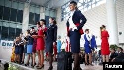 Défilé de mode d'uniformes d'hôtesses de l'air en Russie, le 7 septembre 2015.