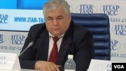 俄共议员塔伊萨耶夫2014年在莫斯科的一场新闻会上。他目前正率领俄罗斯议会代表团在朝鲜访问。