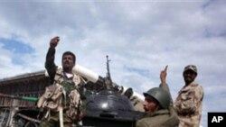 시르테로 진격하는 리비아 임시정부군