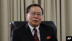 북한 외무성 미국국의 한성렬 국장이 28일 평양에서 'AP통신'과 인터뷰했다.