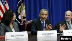 10月6日美國總統奧巴馬(中)出席農業部會議談及跨太平洋伙伴關係協定。