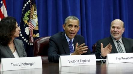奥巴马总统在美国农业部举行的农业和工商界领袖会议上谈TPP。(2015年10月6日)