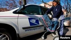 Kantor pos AS akan mengurangi layanan pengantaran surat menjadi 5 hari sepekan mulai Agustus 2013 (foto: dok).
