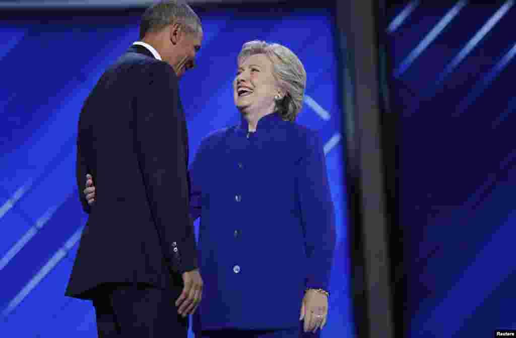 ABŞ prezidenti Barak Obama və Birləşmiş Ştatlar prezidentliyinə ilk qadın namizəd Hillari Klinton