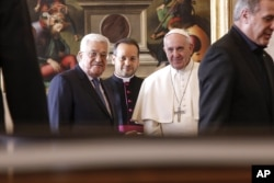 Pope Francis meets with Palestinian President Mahmoud Abbas on Jan. 14, 2017.
