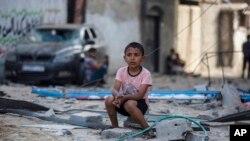 Упродовж 11 днів у Газі загинули 230 людей, а в Ізраїлі - 12, і 72 000 палестинців втратили дах над головою
