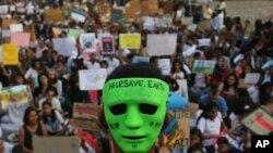 Jedan od globalnih protesta zbog globalnog zagrijevanja održan je u Mumbaju u Indiji, 27. septembra 2019.