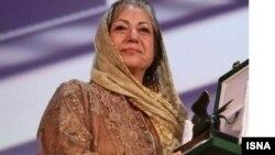 رخشان بنی اعتماد، جایزه بهترین فیلمنامه را از جشنواره ونیز دریافت کرد