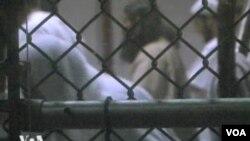 Warga Pakistan, Majid Shoukat Khan, telah ditahan di penjara Guantanamo sejak 2003 (foto: dok).