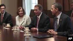 4月13日奥巴马总统在白宫和国会领导成员进行协商