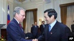 馬英九25日在總統府接見AIT 理事主席薄瑞光
