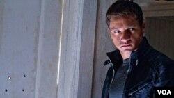 'The Bourne Legacy' หนังสปายสายลับเก่งเกือบเหนือมนุษย์ ชุดต่อจาก 'Jason Bourne' สนุกหรือไม่ นิตยา มาพึ่งพงศ์ และรัตพล อ่อนสนิทมาเล่าให้ฟัง