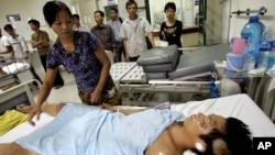 Ít nhất 9.000 người chết vì tai nạn xe cộ mỗi năm ở Việt Nam.
