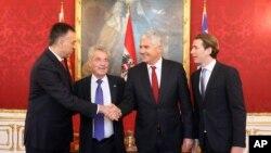 Austrijski predsednik Hajnc Fišer i austrijski ministar inostranih poslova Sebastijan Kurc, sa predsednikom Crne Gore Filipom Vujanovićem