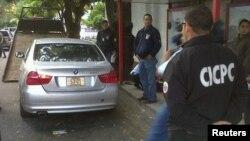 Un diplomático costarricense fue secuestrado en Caracas, recordando el secuestro del embajador de México en Venezuela, el pasado 30 de enero, que se muestra en esta foto.