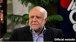Bộ trưởng Dầu mỏ Iran Bijan Namdar Zanganeh khẳng định 'ngay sau khi những lệnh chế tài được dỡ bỏ, Tehran có thể gửi thêm 500.000 thùng dầu ra thị trường thế giới'.