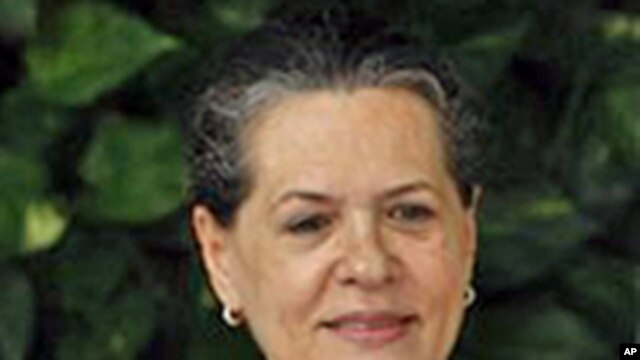 India's Congress party President Sonia Gandhi (file photo - 02 Sept. 2010)