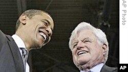奥巴马追思肯尼迪是导师、朋友和政治偶像