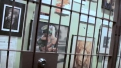 حمايت بنياد زندانها در آمريکا از زندانيان هنرمند