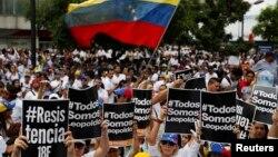 Abanyagihugu mu myiyerekano yo kwiyamiriza Prezida Nicolas Maduro
