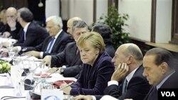 Para pemimpin Eropa menghadiri KTT Uni Eropa di Brussels, Belgia Kamis 16 Desember 2010.