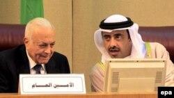 وزیر خارجه امارات (راست) ایران را به تشدید تنش ها در منطقه متهم نمود