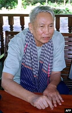Pol Pot, thủ lĩnh Khmer Ðỏ tàn sát trên 1/4 dân số Campuchia