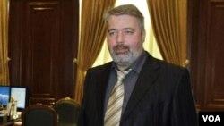 Chủ biên tuần báo Novaya Gazeta Dmitry Muratov nói ông chắc chắn về tính xác thực của tài liệu Điện Kremli toan tính sáp nhập Crimea từ trước
