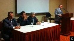 Dr. Abdulhekîm Beşar û endamên Komîteya Dervê ya ENKS li Washingtonê ji civata Kurdî re dipeyîvin