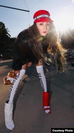 Sineas sekaligus aktris dan penyanyi, Cheverly Amalia, di Los Angeles (Dok: Cheverly Amalia)