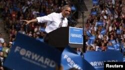 奥巴马妈在科罗拉多州发表竞选演说