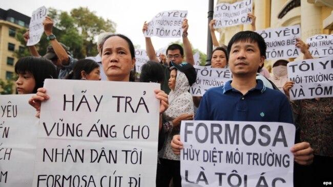 Biểu tình lớn phản đối Formosa gây ô nhiễm nổ ra ở Hà Nội và nhiều tỉnh thành, 1/5/2016