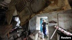 Một căn nhà bị hư hại do lũ lụt ở thị trấn Krymsk, miền nam nước Nga, 8/7/2012