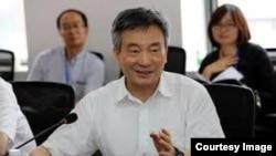 中國原全國政協副主席羅富和(網絡圖片)