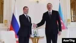 Dmitri Medvedyev və İlham Əliyev