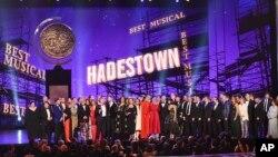 """Hadestown,"" menerima penghargaan musik terbaik dalam ajang tahunan Tony Awards ke-73 di Radio City Music Hall, New York, 9 Juni 2019."