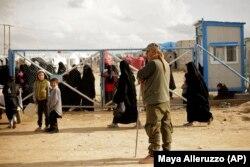 Izbjegličkim kampovima, u kojima živi više od 64.000 ljudi, upravljaju Sirijske demokratske snage.